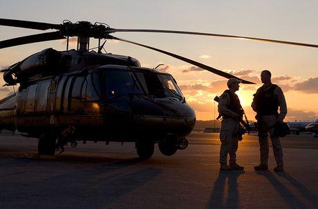 Quan doi My nhan truc thang UH-60M Black Hawk thu 1.000 - Anh 10