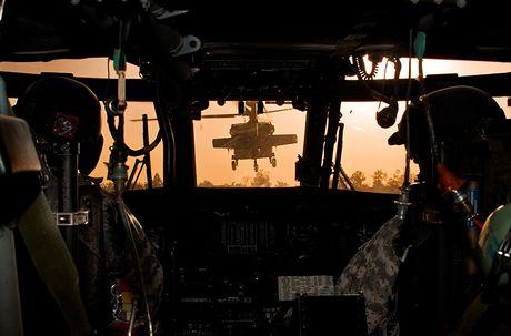 Quan doi My nhan truc thang UH-60M Black Hawk thu 1.000 - Anh 4