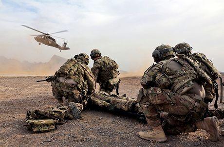Quan doi My nhan truc thang UH-60M Black Hawk thu 1.000 - Anh 6