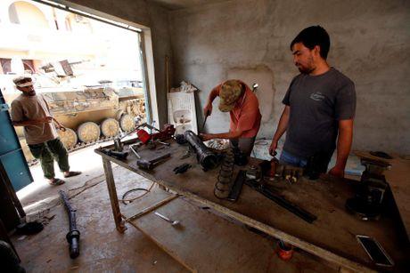 Libya danh duoi phien quan IS cuoi cung khoi thanh pho Sirte - Anh 13