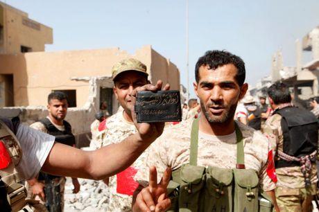 Libya danh duoi phien quan IS cuoi cung khoi thanh pho Sirte - Anh 9