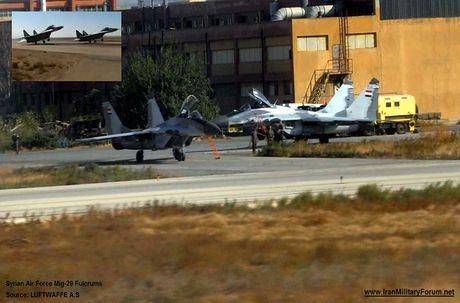 MiG-29 Syria mang ten lua R-77, My-Israel khong dam lam lieu? - Anh 1
