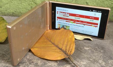 Freetel Musashi – smartphone nap gap doc dao voi 2 man hinh cam ung - Anh 1