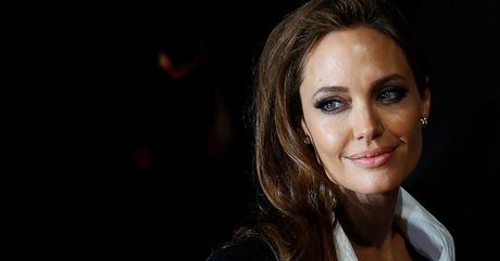 Angelina Jolie su dung chat gay nghien tro lai? - Anh 1