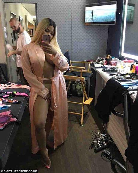Vong 3 rapper Nicki Minaj soan ngoi Kim sieu vong 3 - Anh 4