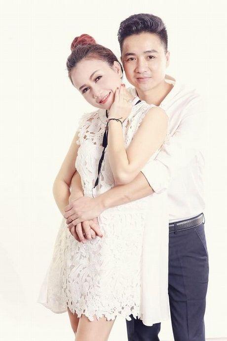Dien vien Hoang Yen ket hon lan 4: Khong se chia thi dung 'nem da' - Anh 1