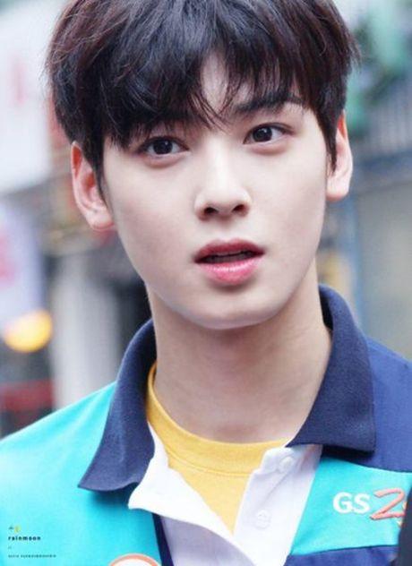 7 idol Kpop duoc ca ngoi co dien mao 2D - Anh 5