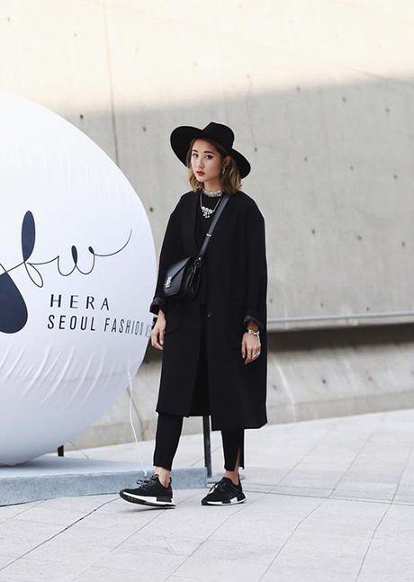 Sao, fashionista Viet ru nhau 'tray hoi' o Seoul Fashion Week - Anh 8