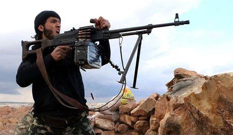 Ten lua cua nguoi Kurd nham muc tieu xe bom IS tai Mosul - Anh 2