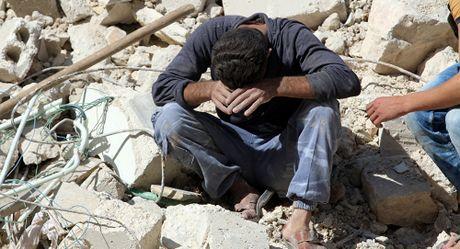 Sang 20/10, Nga thi hanh che do tam dung nhan dao tai Aleppo - Anh 1