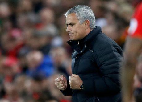 Hoa Liverpool, MU – Mourinho te nhat sau ca thap ky - Anh 3