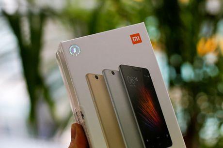 Tren tay dien thoai Xiaomi Redmi 3S - Anh 1