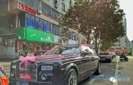 Dam cuoi chiu choi day vang va sieu xe cua con dai gia - Anh 6
