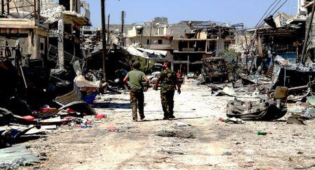 Cu dan Aleppo bi ban chet khi tron khoi khu vuc do phien quan kiem soat - Anh 1