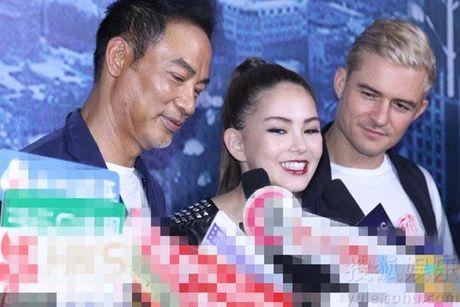 Orlando Bloom nhin Con Lang dam duoi, Chau Kiet Luan khong thich dieu nay - Anh 3