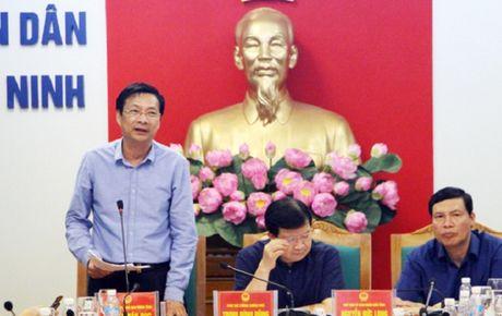 Quang Ninh: Pho Thu tuong Chinh Phu chu tri cuoc hop chi dao phong chong bao so 7 - Anh 3