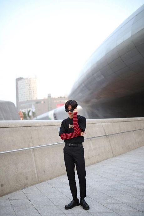 Ngay dau tham gia Seoul Fashion week, Min lot top sao dep cua bao Han - Anh 10