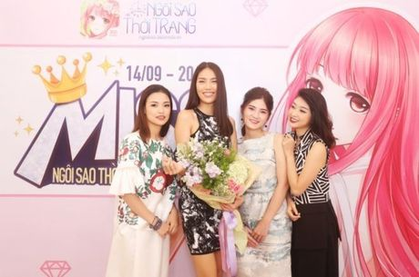 Cung Lan Khue truy tim quan quan Miss Ngoi Sao Thoi Trang 360mobi - Anh 2