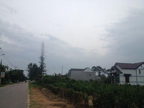 Quang Nam: 170 ho dan bi bua vay boi 2 nghia trang, 1 bai rac va 1 nha may thep - Anh 1