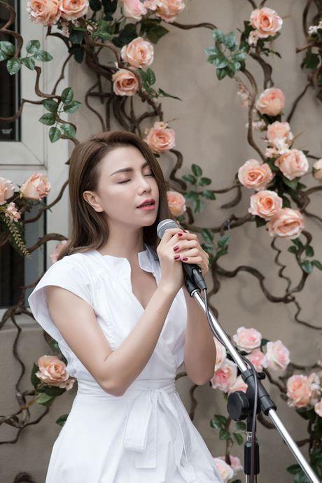 Tra Ngoc Hang ra MV chi... 10 trieu dong - Anh 8