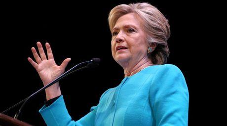 Ong Trump to ba Clinton cau ket FBI de che day hanh vi pham phap - Anh 1
