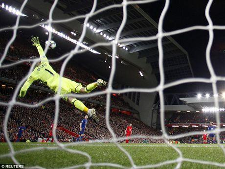 De Gea 'len dong', Man United cam hoa Liverpool - Anh 1