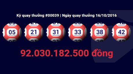 Trung xo so 92 ty: Vua bi mat chuyen 83 ty tien thuong - Anh 1