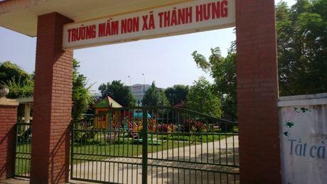 Phu huynh cho con nghi hoc de phan doi xay tram BTS - Anh 1