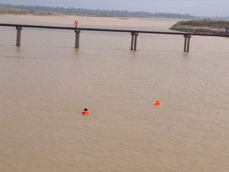 VNPT no luc dam bao lien lac thong suot trong mua lu mien Trung - Anh 3