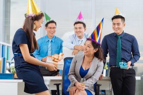20 thang 10: Bat ngo nao cho nu dong nghiep - Anh 3