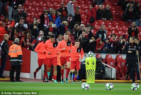 De Gea cuu thua xuat than, MU may man co diem roi Anfield - Anh 9