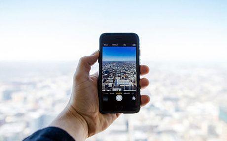 Apple se chinh thuc khai tu iPhone 4 tu cuoi thang 10 - Anh 1