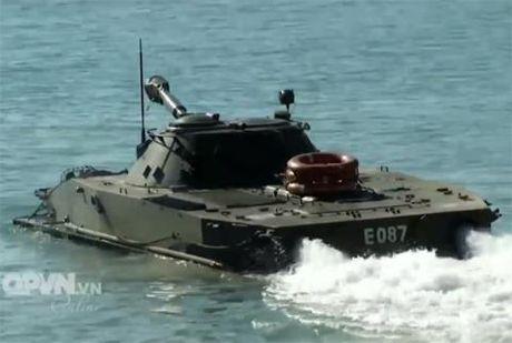 Xe PT-76 Viet Nam them kha nang tan cong cuc manh - Anh 1