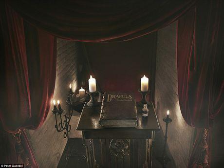 Su that giat minh ben trong lau dai Dracula ngoai doi thuc - Anh 6