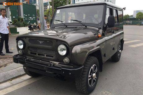 'Xe hop' Nga Uaz Hunter gia chi 300 trieu dong tai VN? - Anh 1