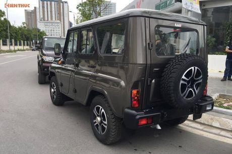 'Xe hop' Nga Uaz Hunter gia chi 300 trieu dong tai VN? - Anh 2