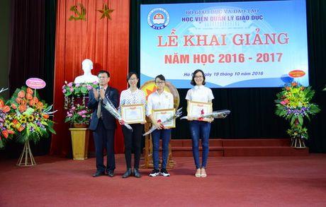 Thu truong Bui Van Ga danh trong khai giang nam hoc moi tai Hoc vien Quan ly Giao duc - Anh 6