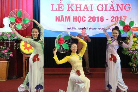 Thu truong Bui Van Ga danh trong khai giang nam hoc moi tai Hoc vien Quan ly Giao duc - Anh 7
