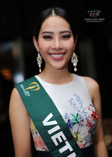 Nam Em doat giai Bac trong phan thi Tai nang tai Hoa hau Trai dat 2016 - Anh 4