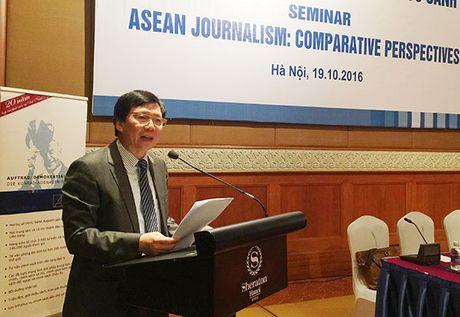 Hoi thao khoa hoc quoc te 'Bao chi ASEAN: Nhung goc nhin so sanh' - Anh 2