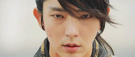 Nguoi tinh anh trang tap 16: Lee Jun Ki tu tay giet em trai, chia tay IU - Anh 7