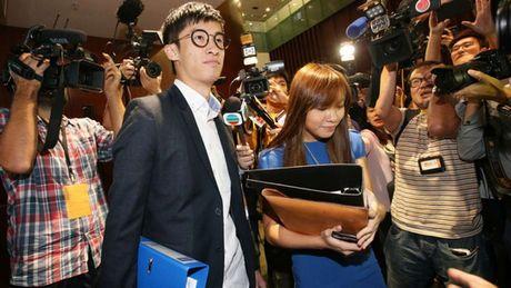 Them 19 phut nao loan o Hong Kong - Anh 1
