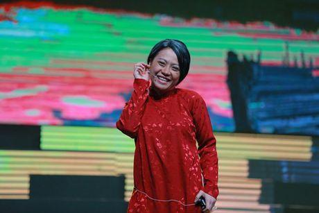 Binh Minh, Viet Huong khoc nghen vi canh nghe si mua lua bi tai nan chay mat - Anh 16