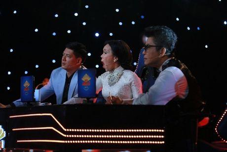 Binh Minh, Viet Huong khoc nghen vi canh nghe si mua lua bi tai nan chay mat - Anh 2