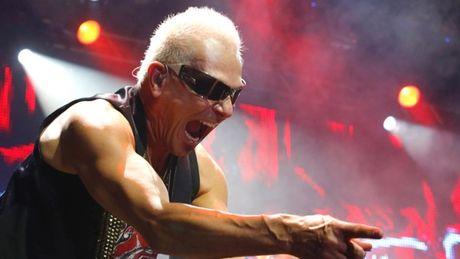 Scorpions: Su tro lai tu mot huyen thoai - Anh 10