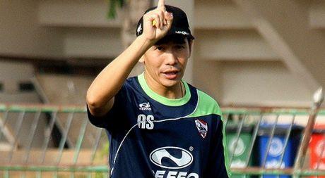 HLV Thai Lan tu chuc sau tham bai tai VCK U.19 chau A - Anh 1