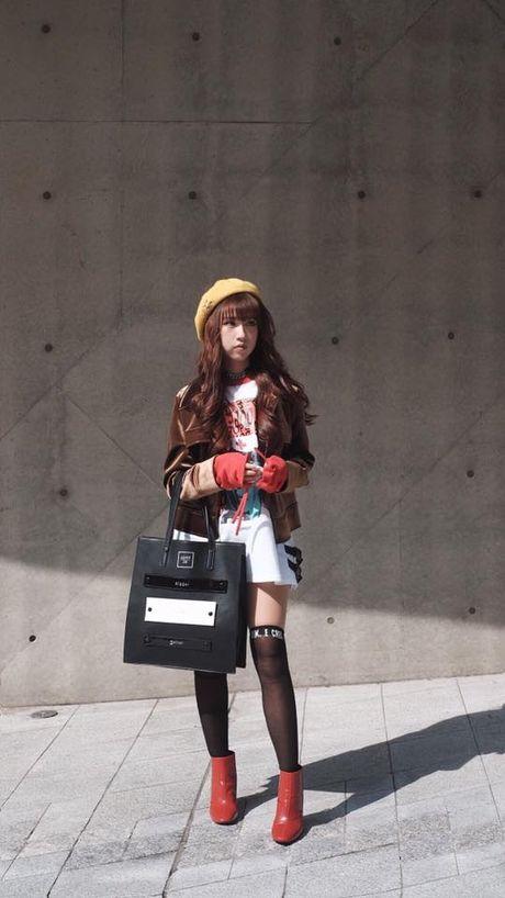 Loat fashionista Viet 'oanh tac' Seoul Fashion Week 2017 - Anh 6