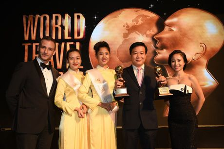Vietnam Airlines vinh du nhan 2 giai thuong tai World Travel Awards 2016 - Anh 1