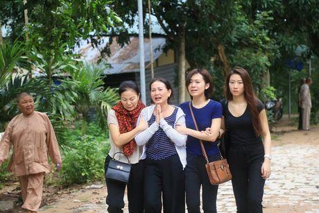 Mo duong dua thi the 3 phi cong xuong nui - Anh 2
