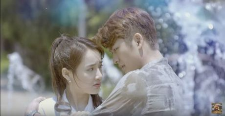 Su that bat ngo duoc he lo trong teaser 'Tuoi thanh xuan 2' - Anh 1